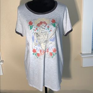 TORRID graphic tee!! Skeleton with 1984 on front